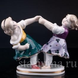 Фарфорвая статуэтка Играющие девочки, Karl Ens, Германия, 1920-30 гг.